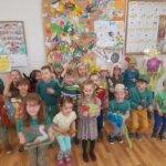 Wiosenna zabawa dzieci z grupy 0b.